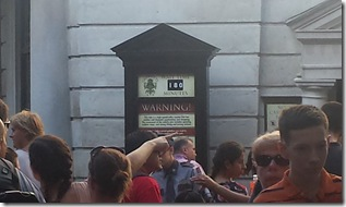 The line for Gringotts